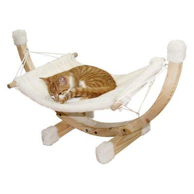Jak nauczyć kota spać w legowisku